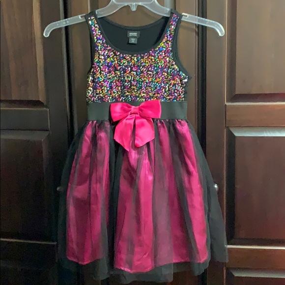 Other - Girls Sequins Dress